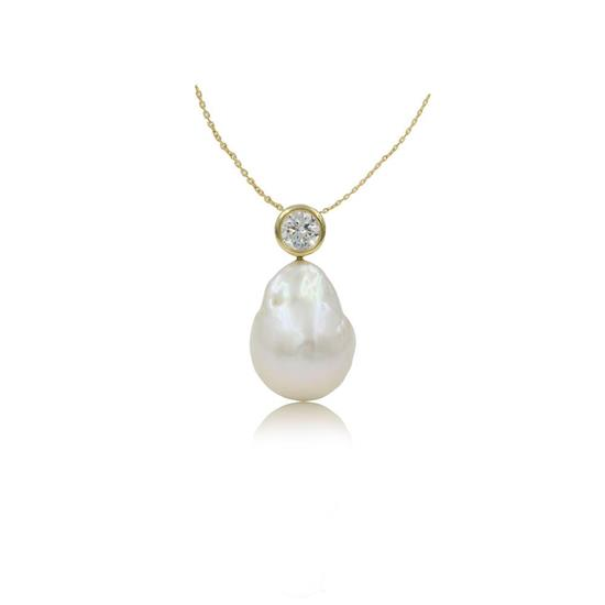 Elegant 14K Gold Plated Sterling Silver Fresh Water Pearl Necklace with Cubic-Zirconia