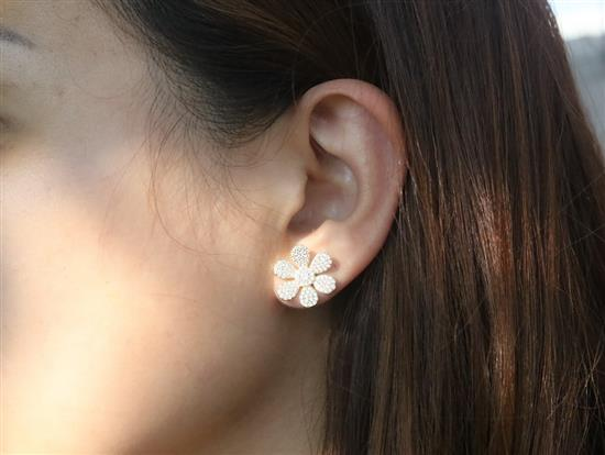 14k Gold Plated Sterling Silver Flower Earring