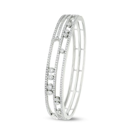 18K WHITE GOLD BANGLE WITH MOVABLE DIAMONDS