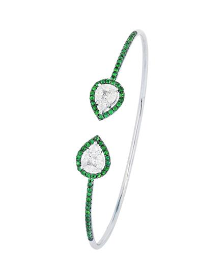 18k white gold diamond and emerald bangle