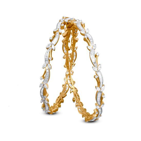 Diamond Bangle Set In 18K Yellow Gold